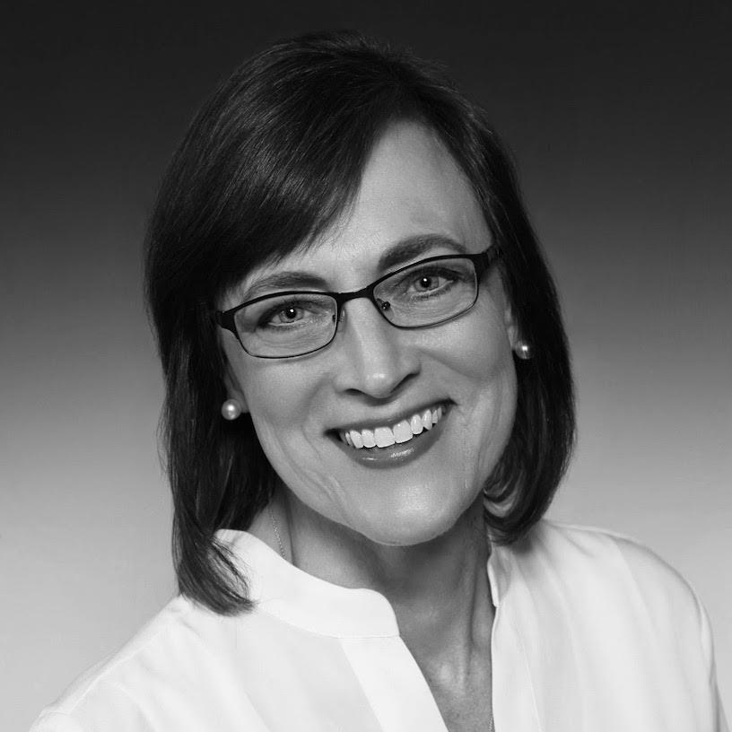 Lindsay Olesberg, Senior Consultant